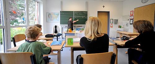 Blick in ein Klassenzimmer der Klinikschule