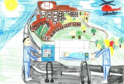Buntes Kinderbild, gemalt von Paula Stangl (9 Jahre). Zu sehen ist das Klinikum Aschaffenburg sowie ein Rettungshubschrauber, dazu im Vordergrund eine Ärztin und ein Arzt, die ein Frühchen in einem Inkubator transportieren.